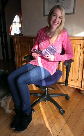 frei bewegliches sitzen auf einem schwipp b rostuhl das portal f r die. Black Bedroom Furniture Sets. Home Design Ideas